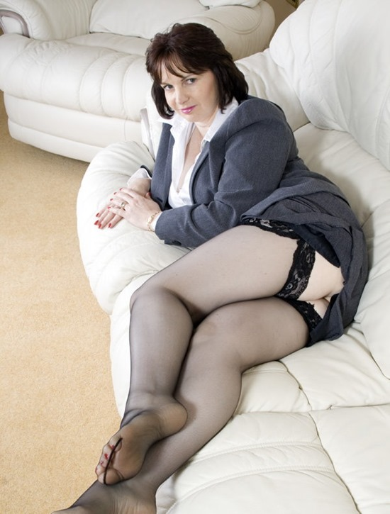 mysexylegs on the white couch